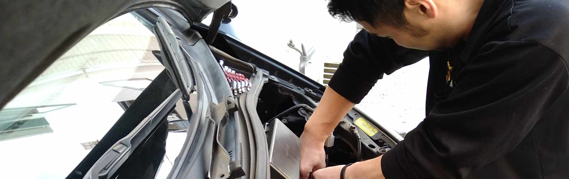 亀井産業の事業4. 自動車整備、新車・中古車販売
